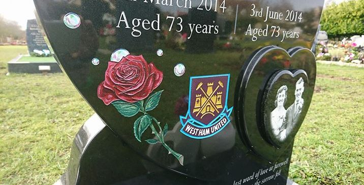 West Ham, Roses & Bubbles